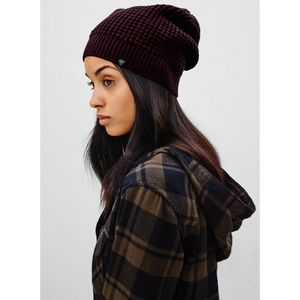 "TNA ""ALPS"" Slouchy Hat"